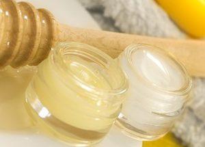 Ліфтинг ефект маточного молочка: рецепти масок
