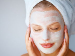 Маска для обличчя з аспірином і медом: рецепти