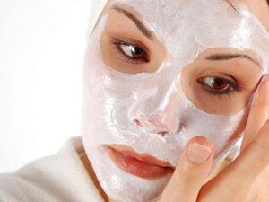 Маска для шкіри обличчя з медом