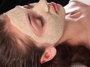 Маска з вівсянки і меду для шкіри обличчя