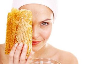 Маска для шкіри обличчя з білком і медом