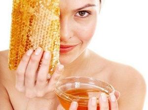 Кориця і мед від прищів