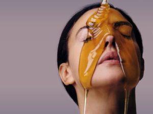 Мед в косметології