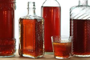 Настоянка шипшини на горілці або спирті