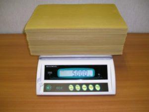 Скільки листів в 1 кг вощини
