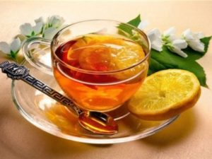 Користь чаю з медом і лимоном