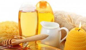 Молоко, мед і часник від кашлю