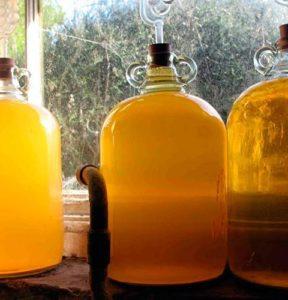 Самогон з меду рецепт