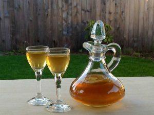 Як зробити самогон з меду