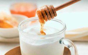 Молоко з медом користь