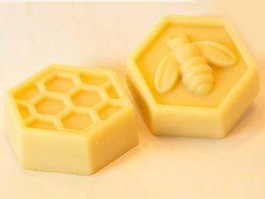 Як очистити бджолиний віск в домашніх умовах