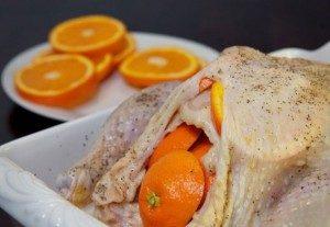Курка з гірчицею і медом під апельсинами: рецепт