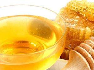 Лікуємо нежить медом: прості рецепти