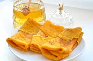 Млинці з медом: рецепти